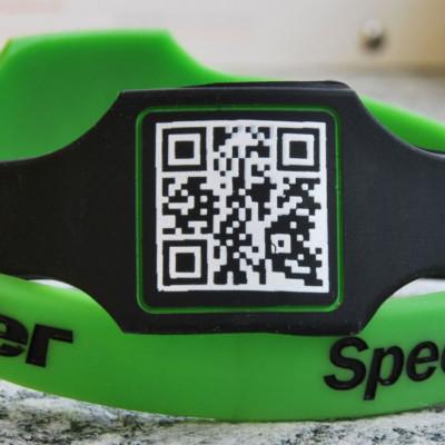 Braccialetti in silicone personalizzati con qr code